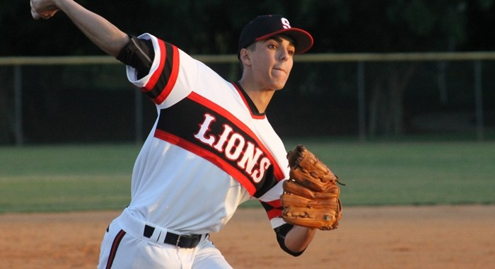 Niko Leontarakis picked up the win for the Lions.